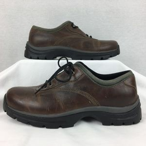 NEW Teva Rugged Leather Low Hiking Shoes Boots